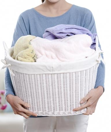 봄맞이 흰옷 빨래 더 깨끗하게 세탁하는 방법