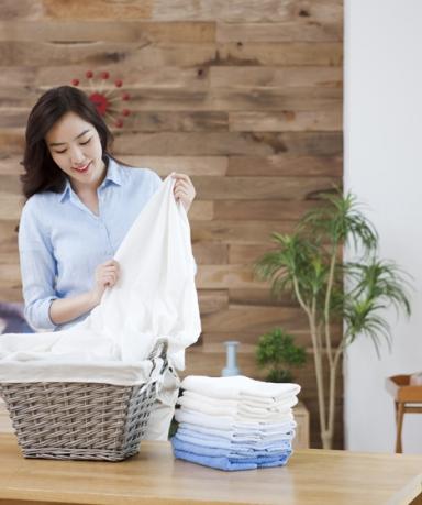 빨래할 때 묵은 때 찌든 때 제거 방법, 핵심은 세탁기 청소!