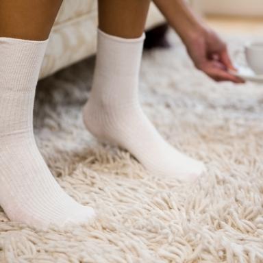 흰 양말 새하얗게 만들어주는 세탁 방법