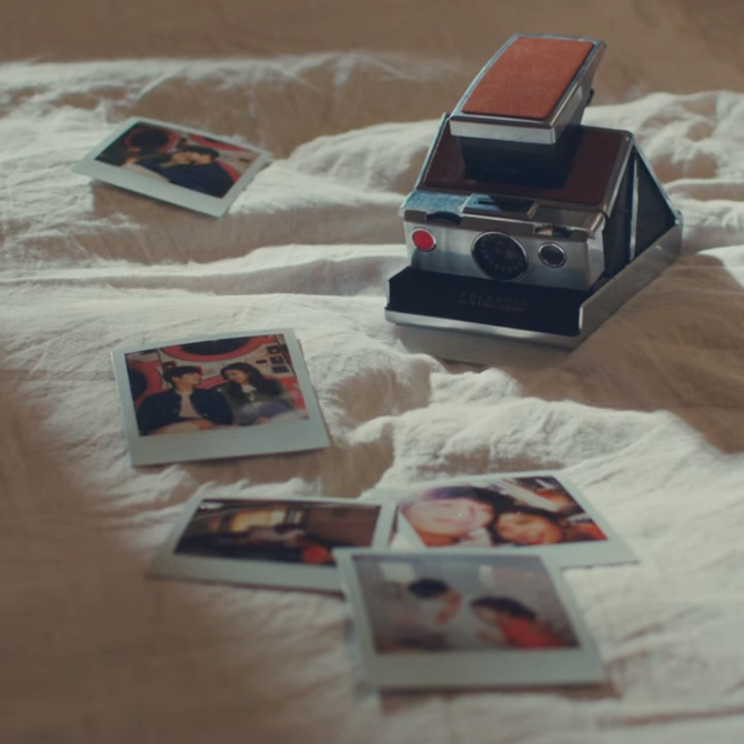 워시엔조이 셀프빨래방에서 서강준과 함께 촬영된 덴티스테 미니무비 사진입니다.