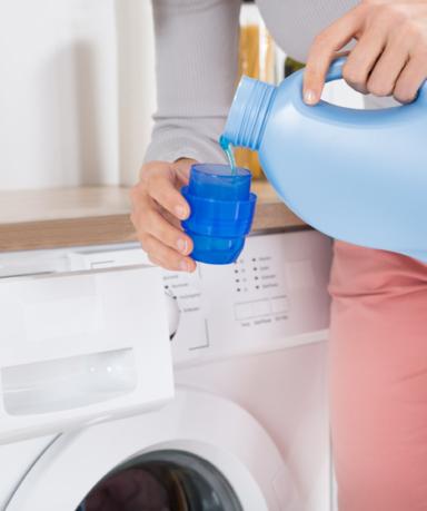 가루세제와 액체세제의 차이, 어떤 세제가 더 효과적일까?