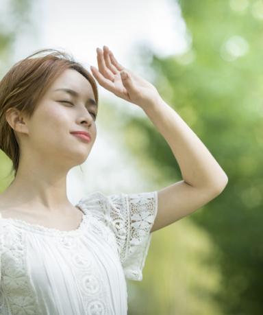 땀으로 얼룩지고 손상되기 쉬운 여름 옷, 똘똘한 세탁 방법
